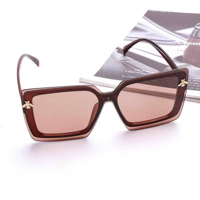 Brown Little Bee Decoration Square Sunglasses