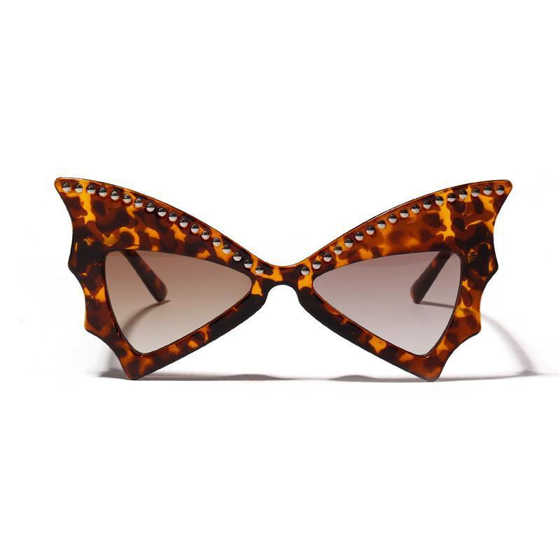 4 Colors Butterfly Rivet Cat Eye Sunglasses