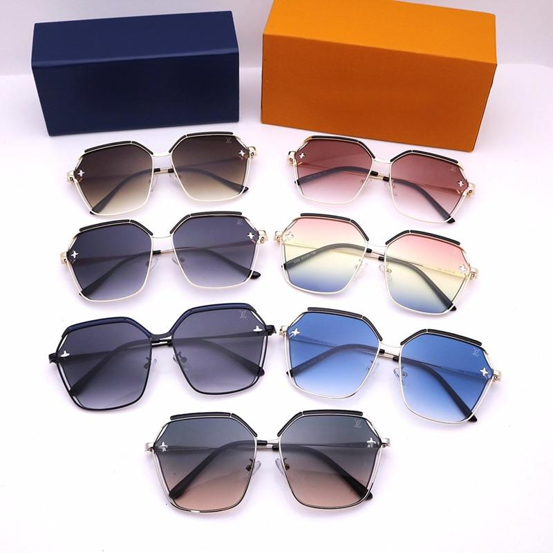 5 Colors Flower Type Hollowing Out Sunglasses