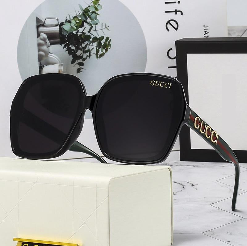 4 Colors Retro shape Letter Temple Sunglasses