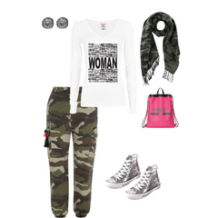 Cooki Bloom Tee Relaxed Glam Outfit