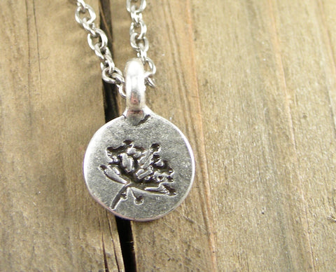 Queen Anne's Lace Sillhouette Charm Necklace - Pewter