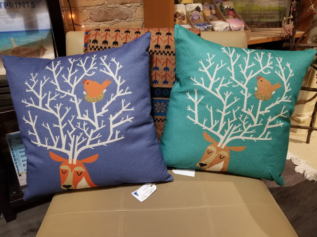 Throw Pillow - Winter Friends