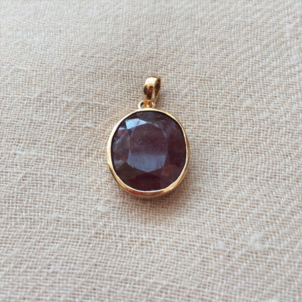Indian Ruby Gold Pendant