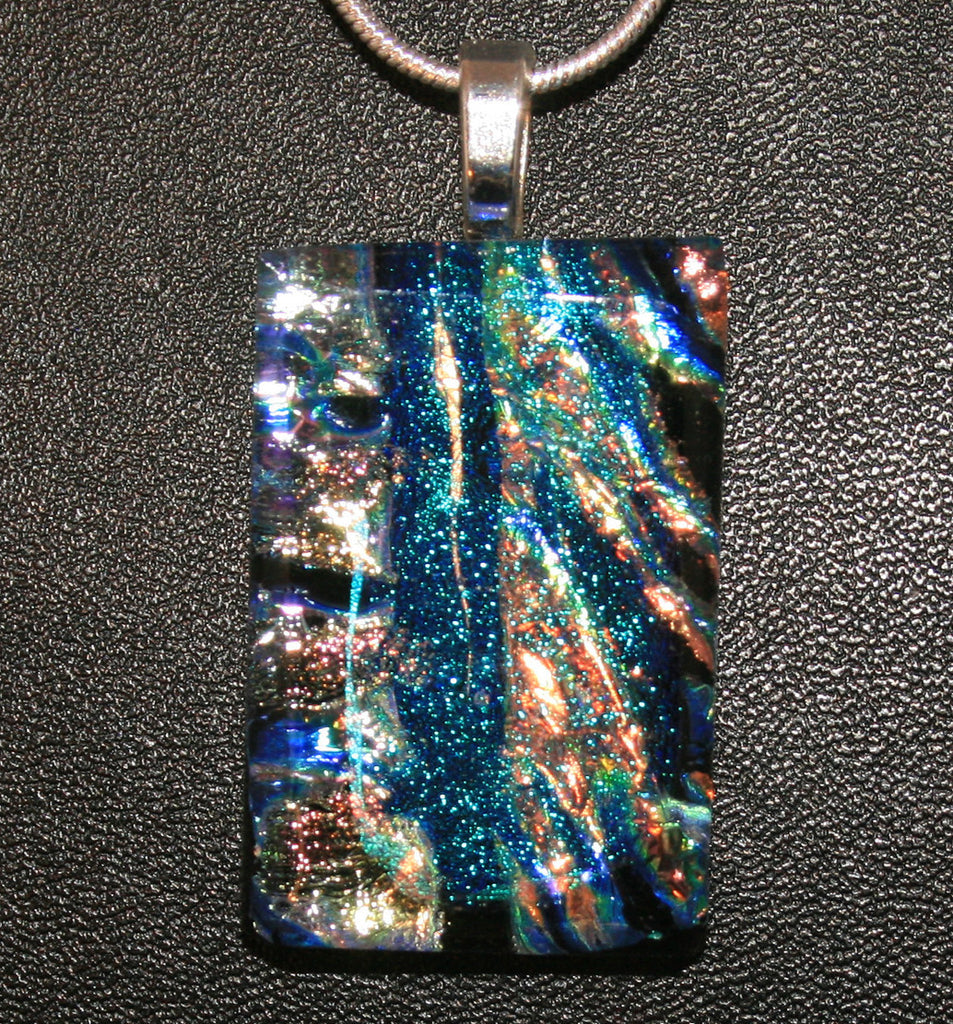 Imaginative Creations Bailed Pendant