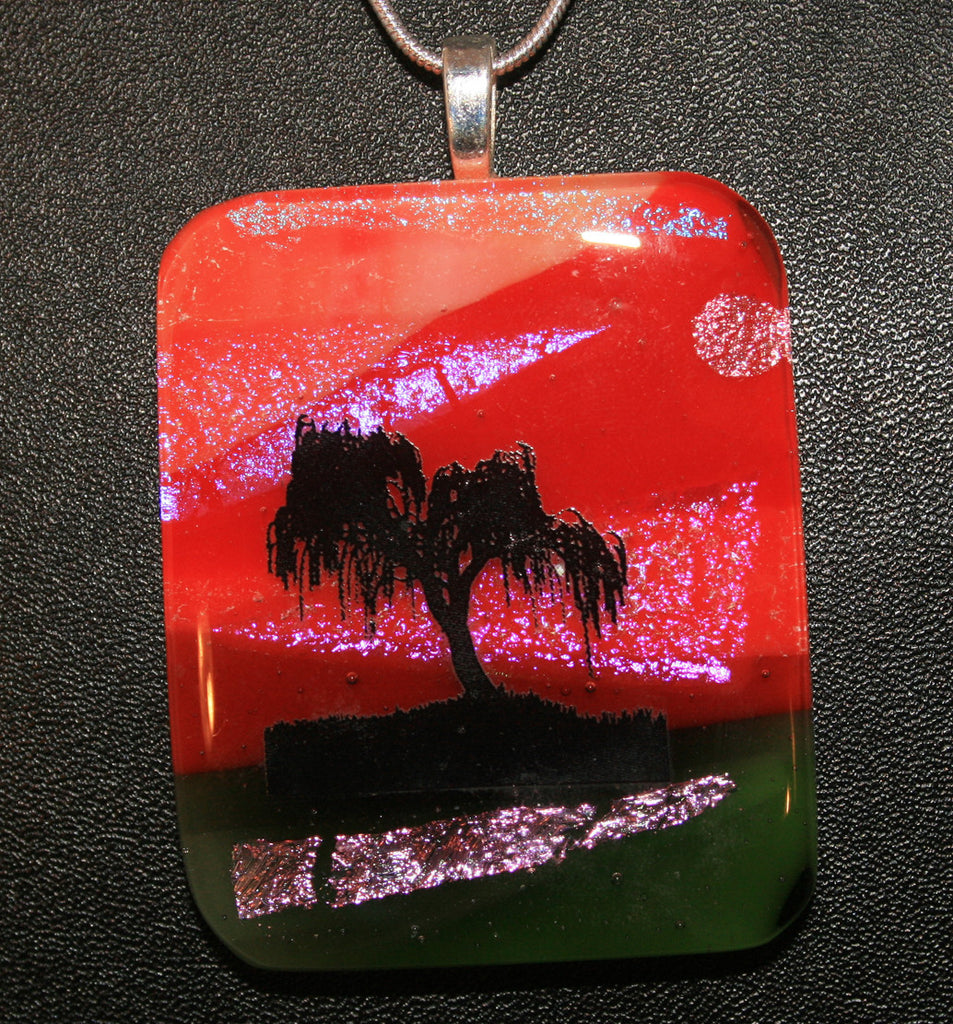 Imaginative Creations Wildlife Scenery Pendant #02 Memorable Jewelry