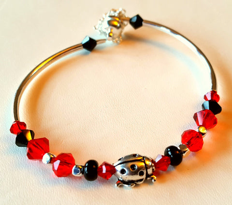 Crystal Magnetic Clasp Bracelet #013 Red/Blk Lady Bug w/ Safety Chain