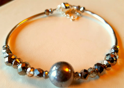 Crystal Magnetic Clasp Bracelet #032 Sparkling Metallic Pewter Silver Beads, Crystals, & Safety Chain