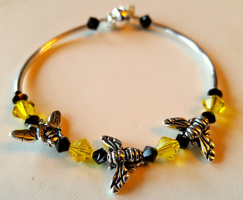 Crystal Magnetic Clasp Bracelet #038 APICULTURE HONEY BUMBLE BEE Center w/ Yellow, & Black Crystals, & Safety Chain