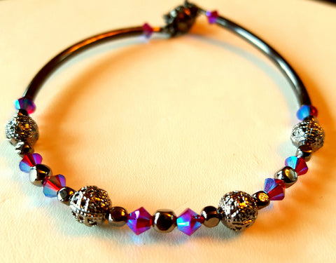 Crystal Magnetic Clasp Bracelet #020 Magenta & Black w/ Gunmetal Side Bars & Safety Chain