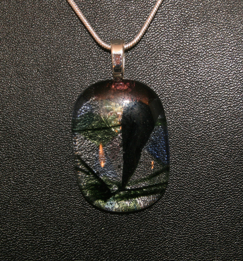Imaginative Creations Bailed Pendant #37 Memorable Glass Jewelry