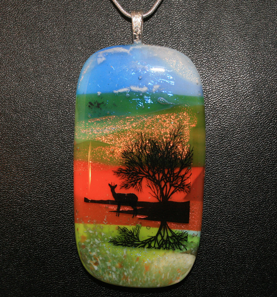 Imaginative Creations Wildlife Scenery Pendant #05 Memorable Jewelry
