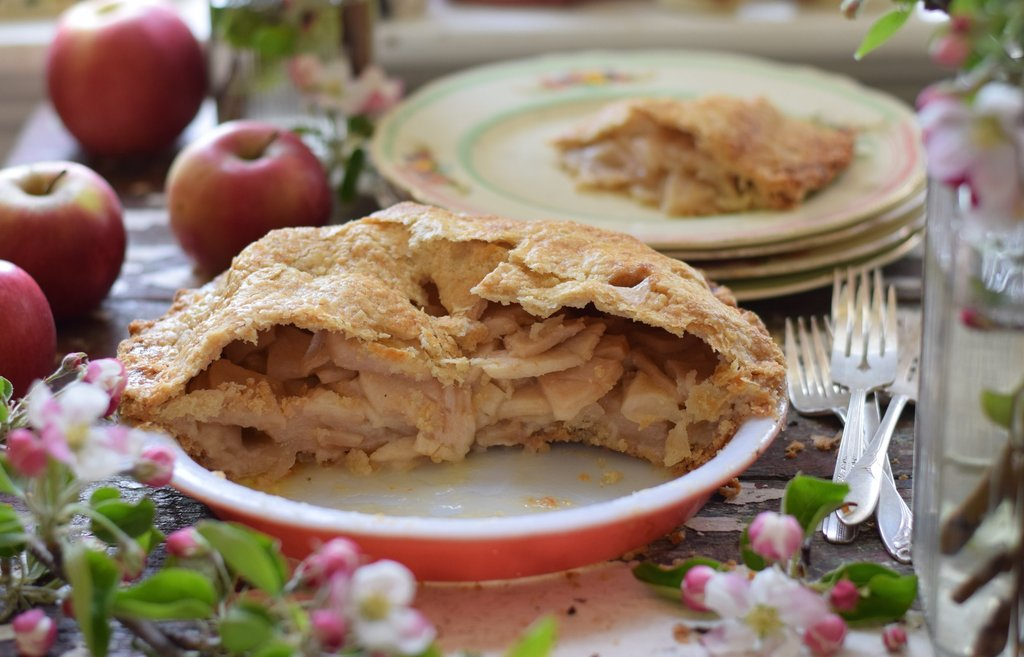 Province of Canada - Made in Canada - Carl Laidlaw Orchards Apple Pie