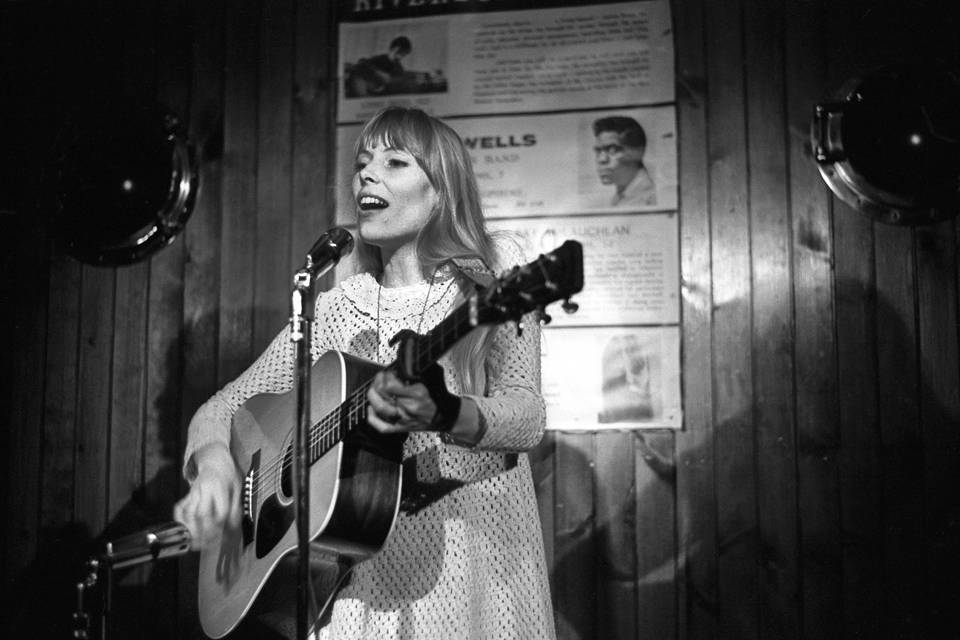 Province of Canada - The Globe and Mail - Joni Mitchell at Riverboat Coffee House