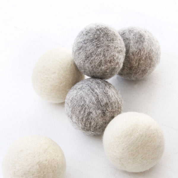 Dryer Balls- Province of Canada