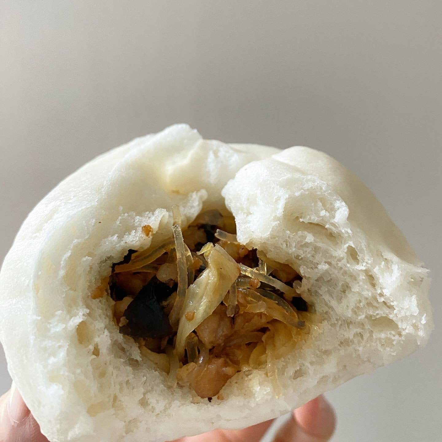 Mixed bao buns (4)