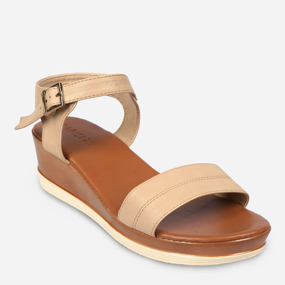 Parisian Women's Det Mid-Wedge Sandals