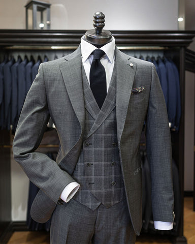 Image of Coppley grey suit on a mannequin