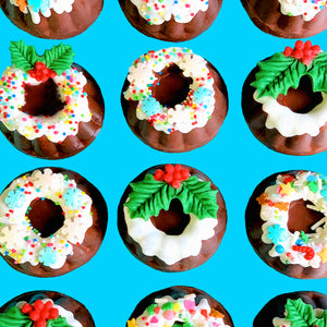 No Bake Mini Christmas Pudding Candies Using Oreo® Thins