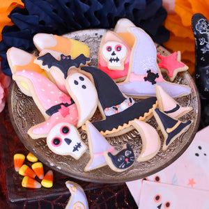 Halloween Sugar Cookies: Recipe + Cookie Decorating Tips