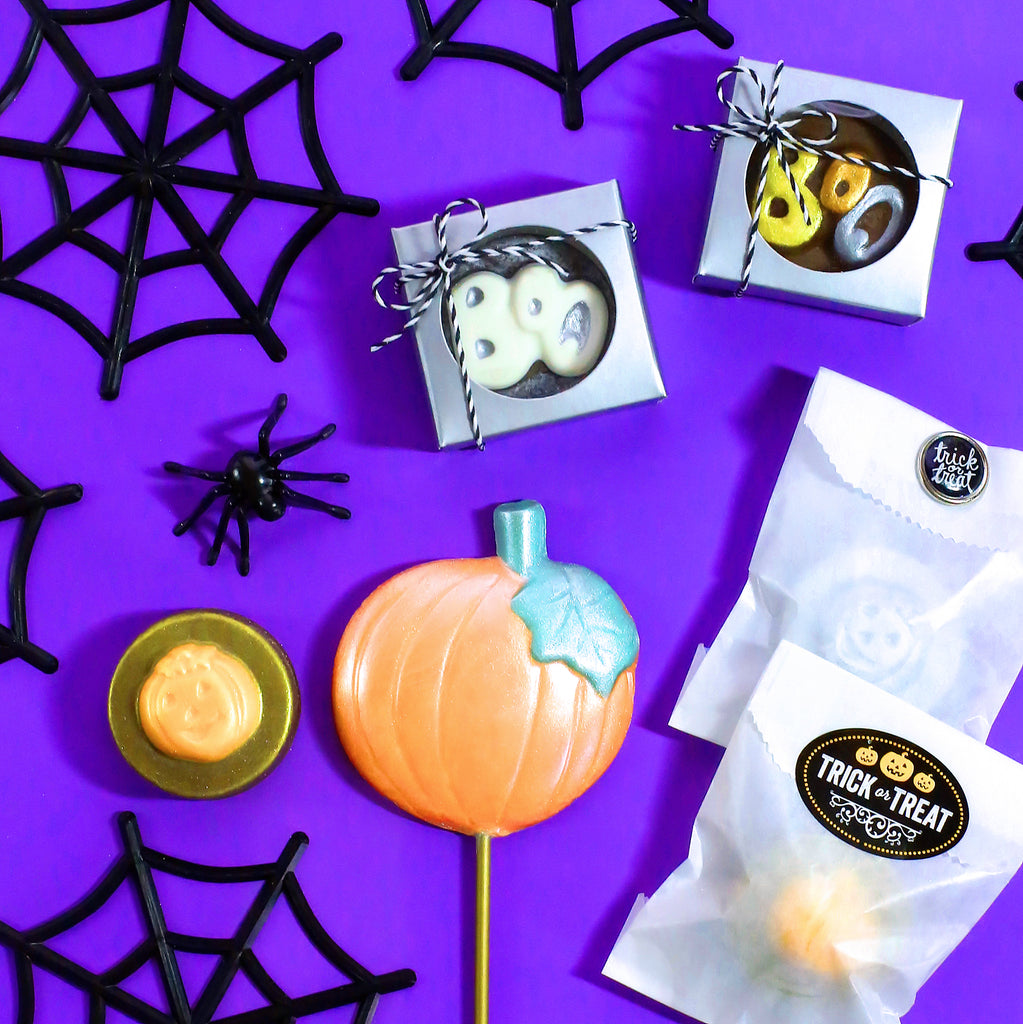 chocolate halloween party favors diy, halloween candy packaging