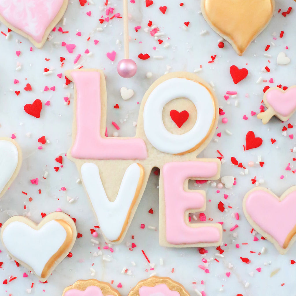 Delightful Valentineu0027s Day Cookie Decorating Ideas | Www.bakerspartyshop.com