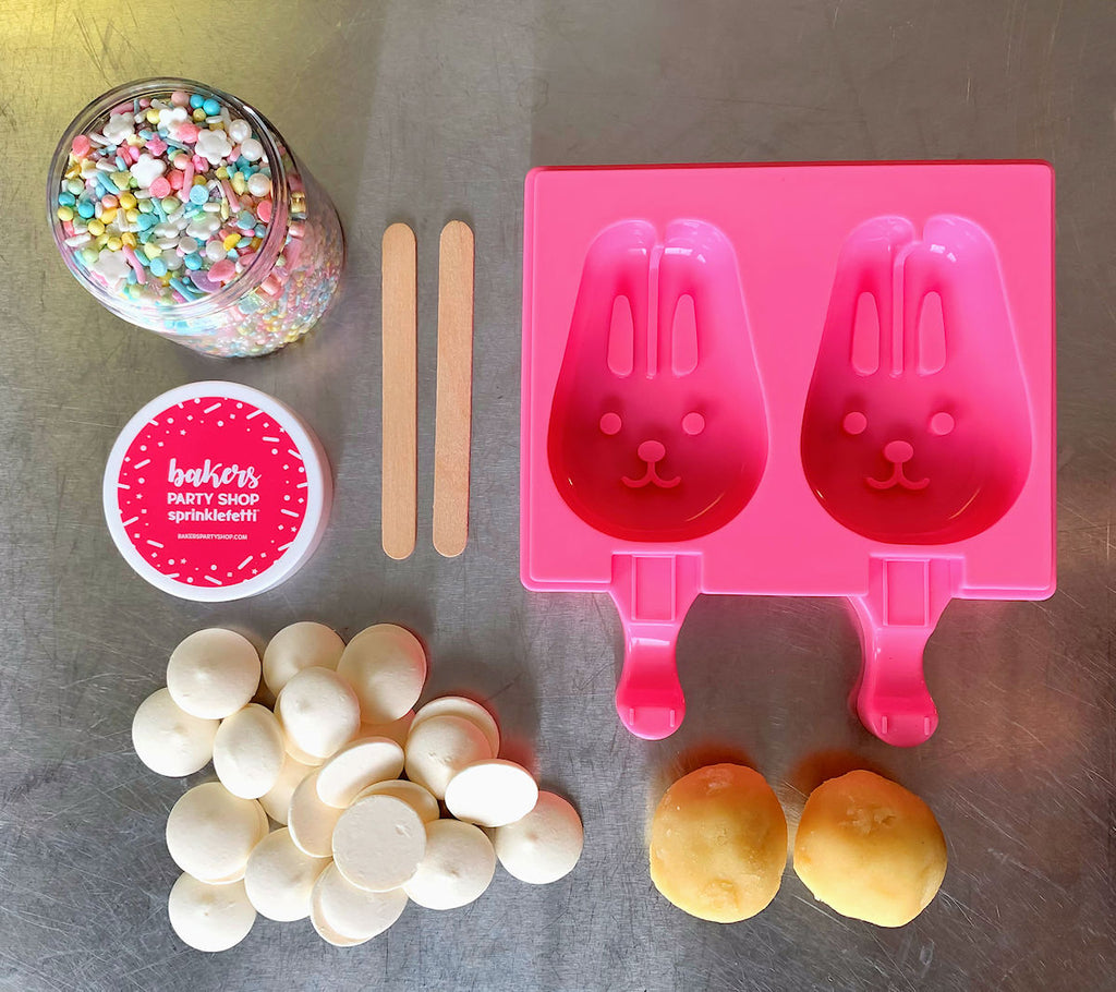 How to Make Bunnysicles: Bunny Cakesicle Tutorial by Sweet Whimsy Shop for www.bakerspartyshop.com