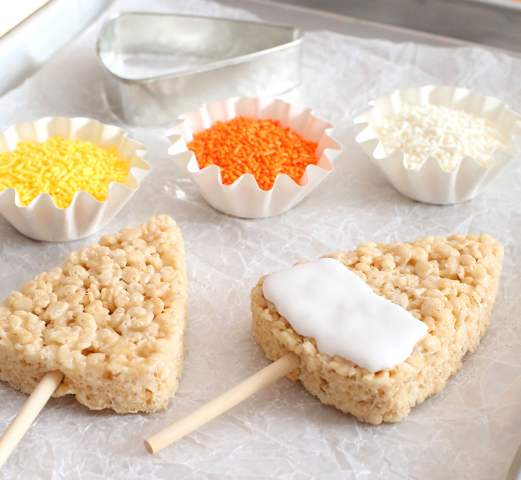 Candy Corn Rice Krispies Treat Pops | www.bakerspartyshop.com