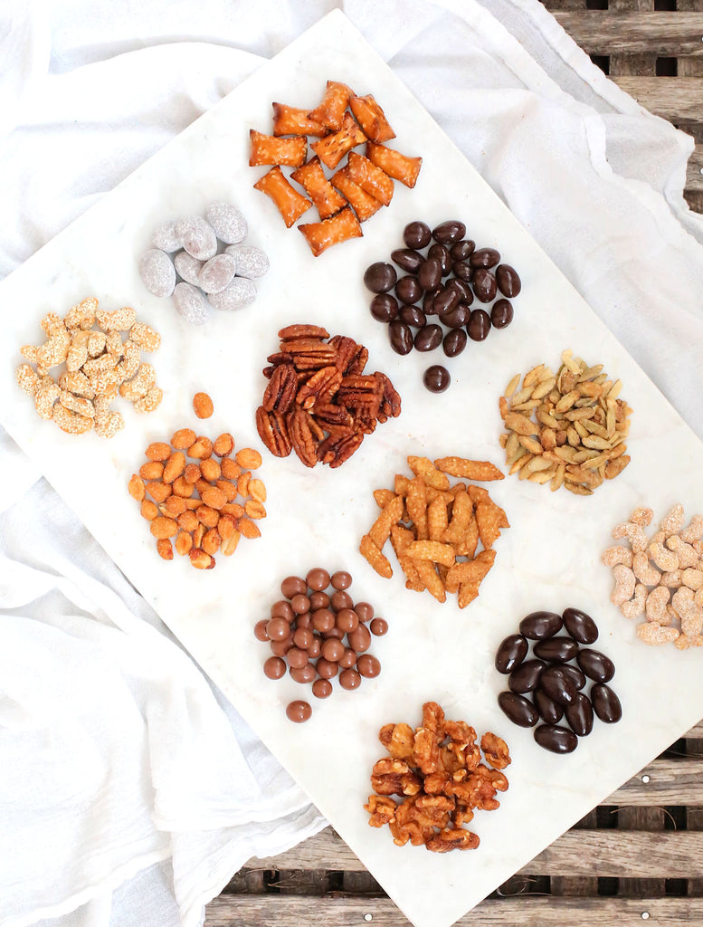 Holiday Hostess Gift Trail Mix | www.bakerspartyshop.com