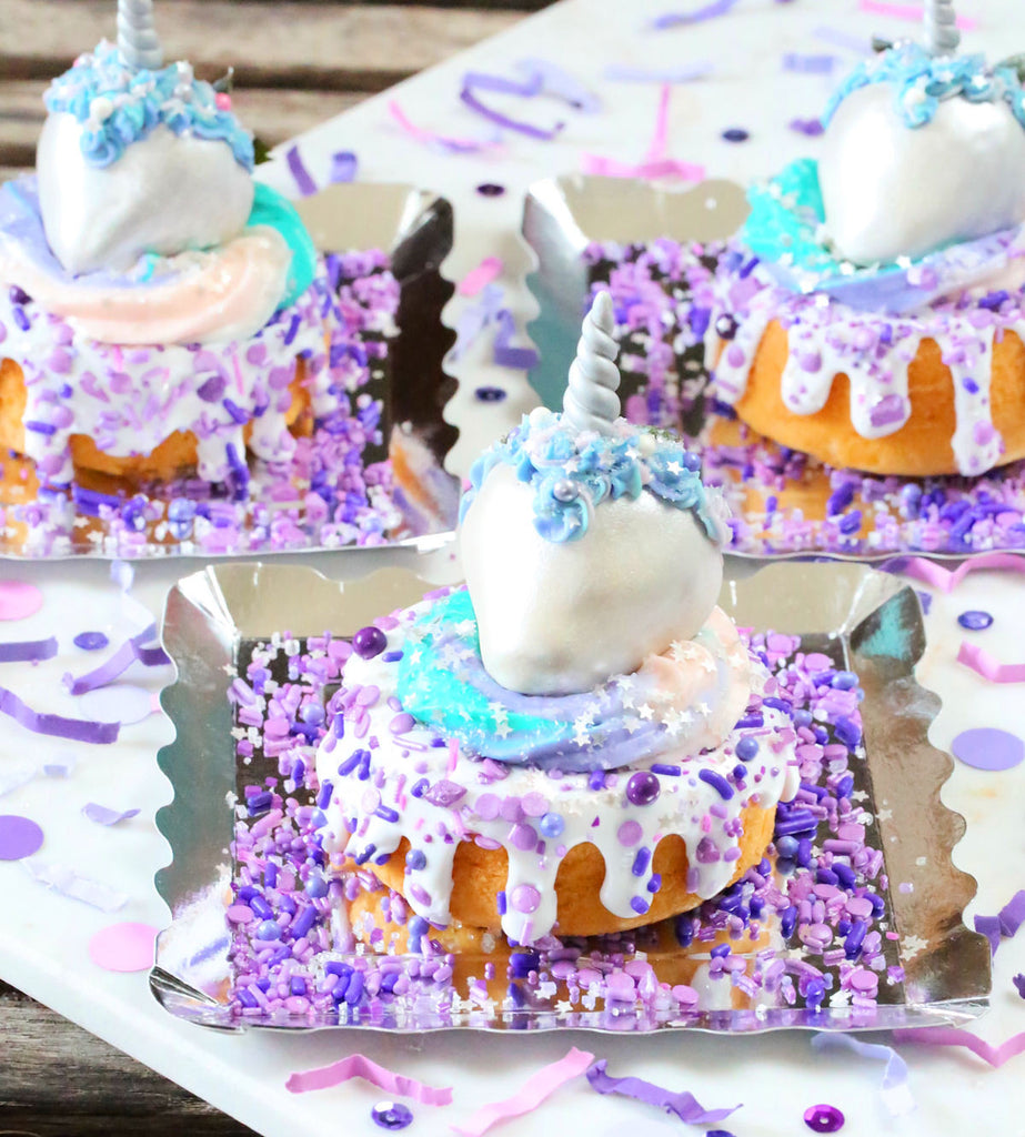 Mini Unicorn Cakes 3 Ways | www.bakerspartyshop.com