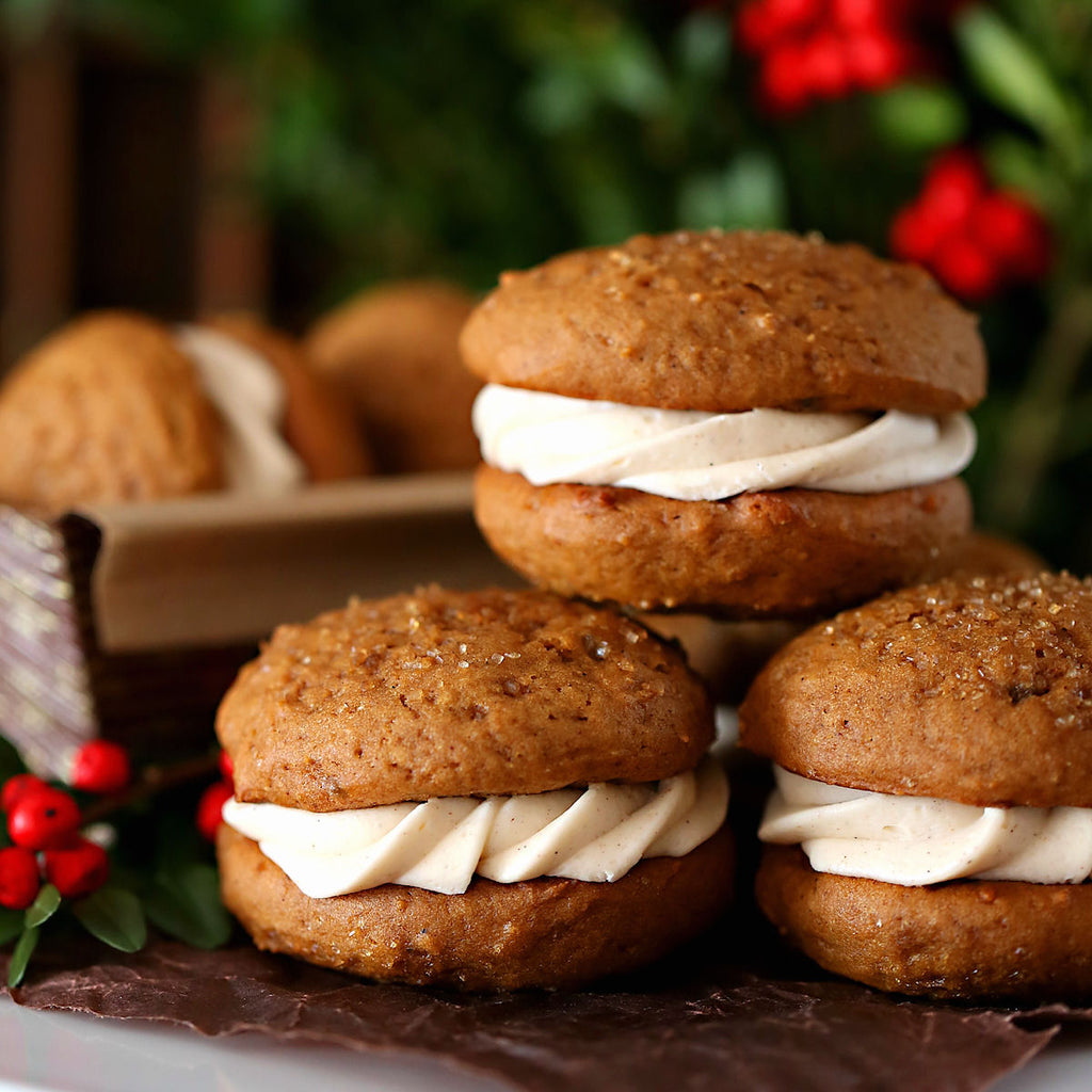 Gingerbread Whoope Pie Recipe | www.bakerspartyshop.com
