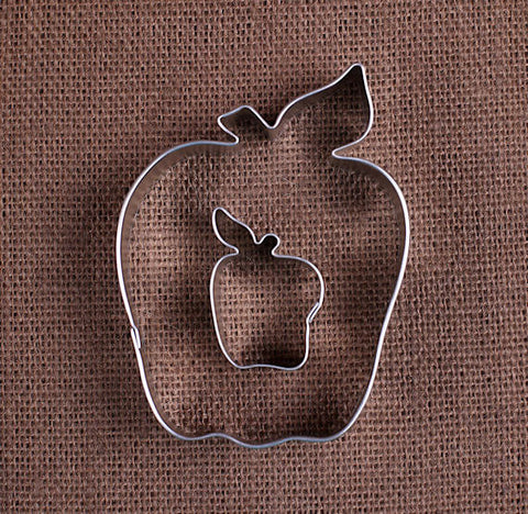 Apple Cookie Cutters | www.bakerspartyshop.com