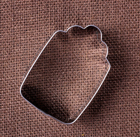 Gift Tag Cookie Cutter | www.bakerspartyshop.com