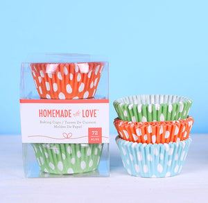 Cupcake Liners: Fun Dots | www.bakerspartyshop.com