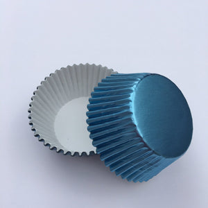 Foil Light Blue Cupcake Liners | www.bakerspartyshop.com
