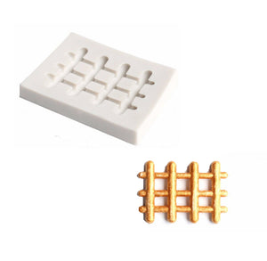 Silicone Small Fence Mold | www.bakerspartyshop.com