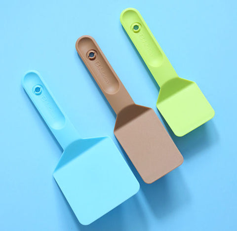 Cookie Spatula Set | www.bakerspartyshop.com
