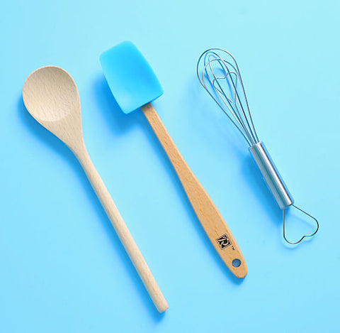 Baking Tools And Cake Decorating Tools At The Bakers Party