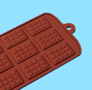 Mini Candy Bar Mold | www.bakerspartyshop.com