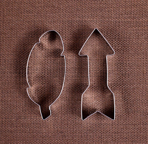 Boho Cookie Cutter Set: Arrow & Feather | www.bakerspartyshop.com