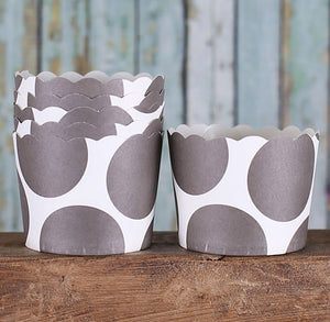 Small Brown Baking Cups: Polka Dot | www.bakerspartyshop.com