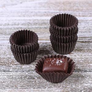 Mini Brown Candy Cups | www.bakerspartyshop.com