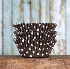 Brown Cupcake Liners: Polka Dot | www.bakerspartyshop.com