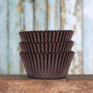 Bulk Brown Cupcake Liners: Solid | www.bakerspartyshop.com