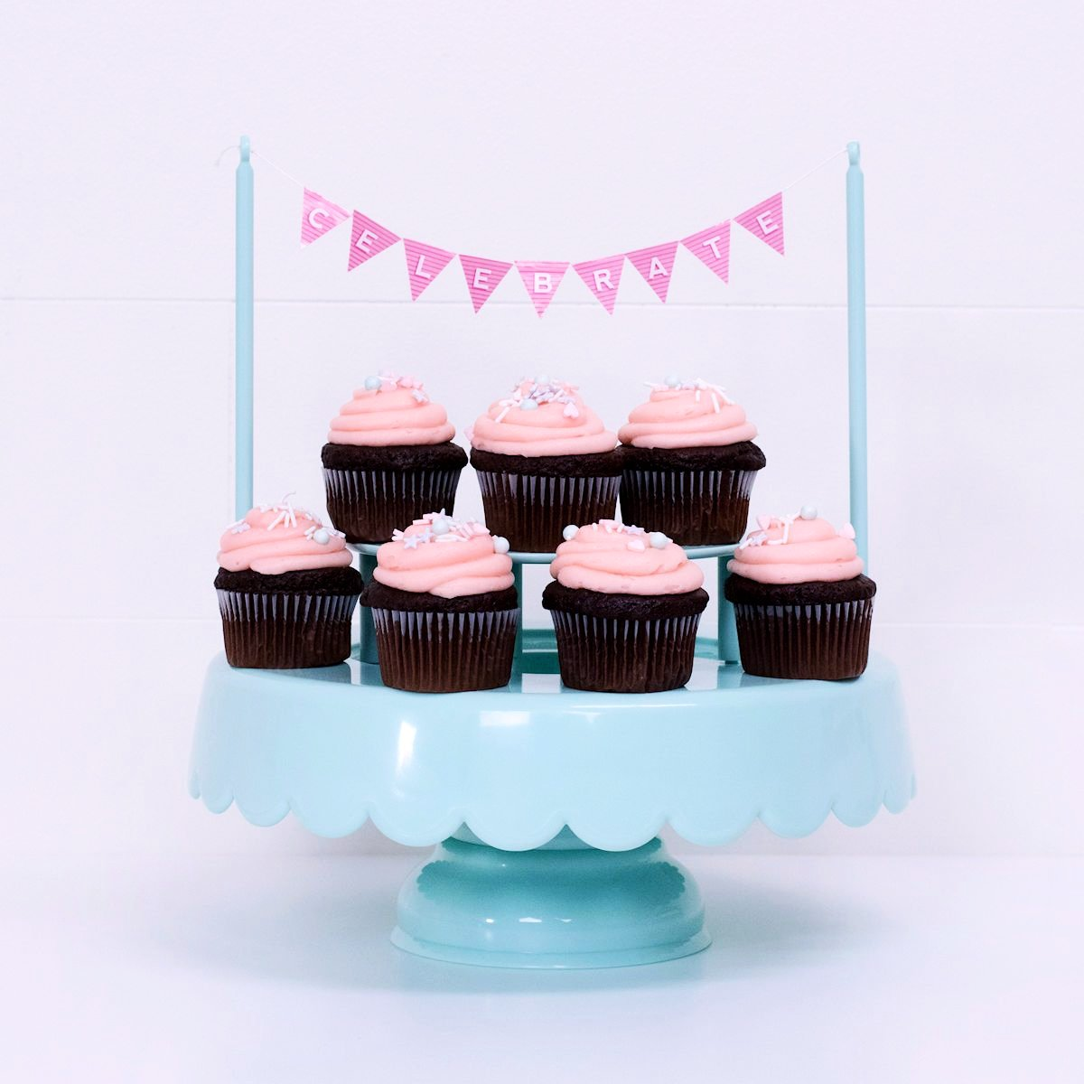 Sweet Tooth Fairy Cake Stand Pink Light Pink Cake Stand