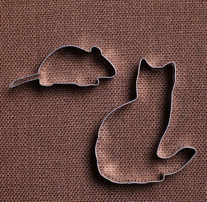 Cat and Mouse Cookie Cutters Set | www.bakerspartyshop.com