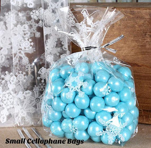 Holly Berries Cellophane Bags & Twist Ties | www.bakerspartyshop.com