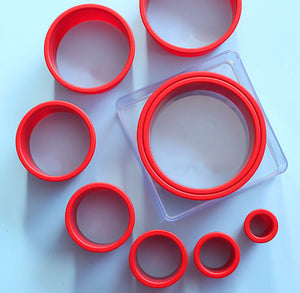 Cake Boss Circle Cookie Cutter Set | www.bakerspartyshop.com