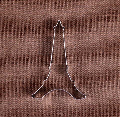 Eiffel Tower Cookie Cutter | www.bakerspartyshop.com