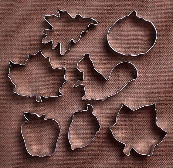 Fall Cookie Cutters: Set of 7 | www.bakerspartyshop.com